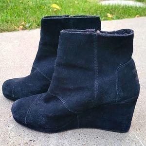 Tom's Black Suede Wedge Booties Size 7.5